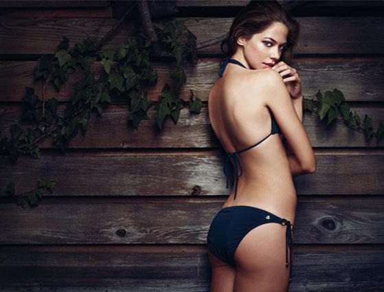 Under hot 25 actress Most Beautiful