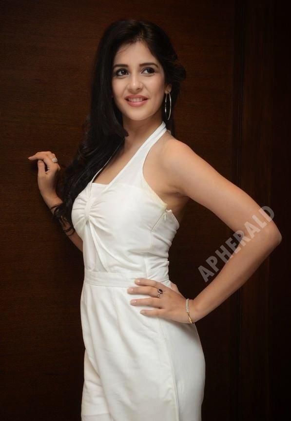 Photos of Young TV Actress Kashish Vohra